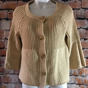 🌷Ann Taylor M button front 3/4 sleeve sweater